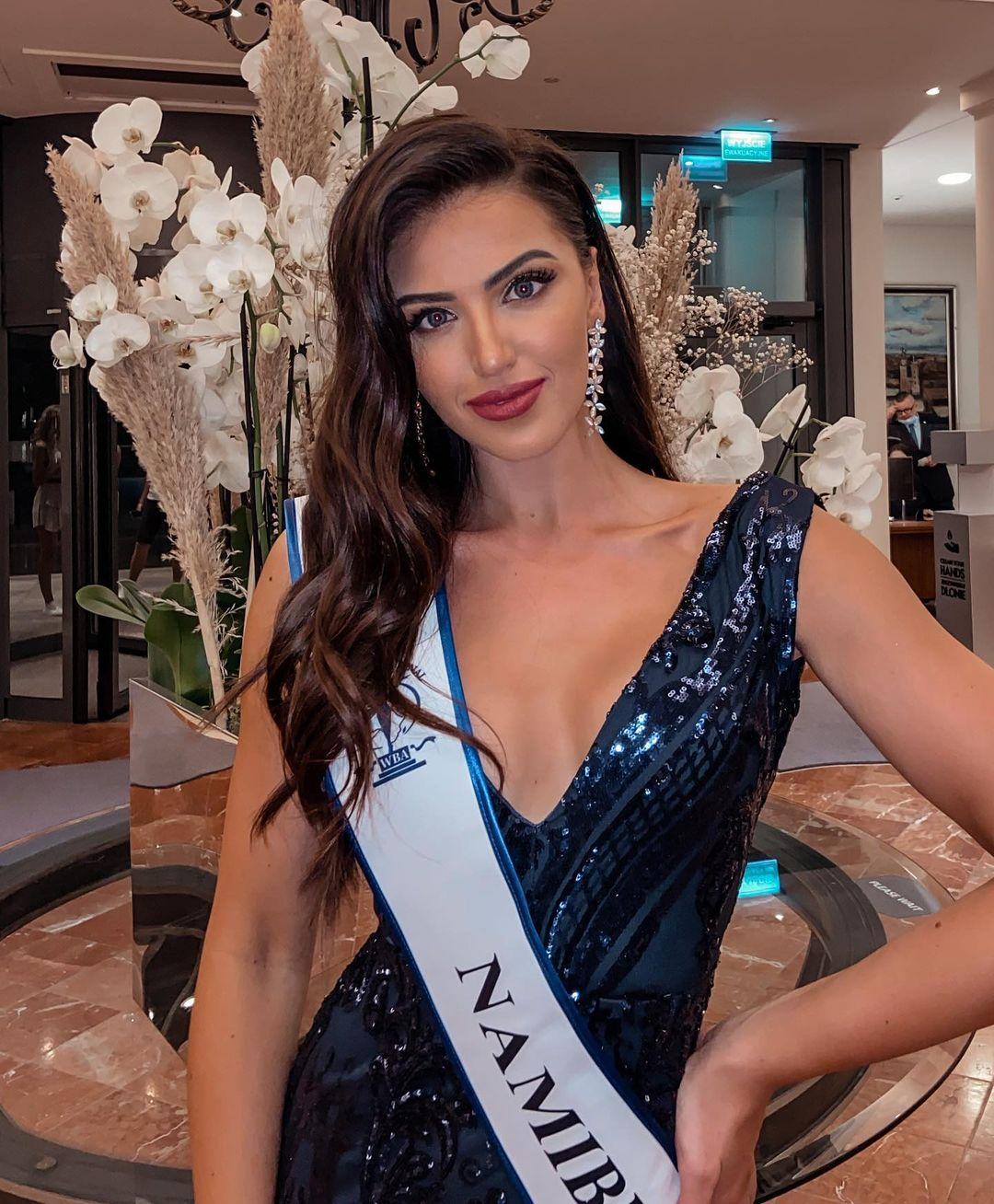 Trước khi trở thành tân Hoa hậu Siêu quốc gia 2021, Rabe từng đăng quang Miss Supranational Namibia 2020, Miss Teen Namibia 2014, Face of Queen Spark 2015 và Miss Teen Continents 2015.