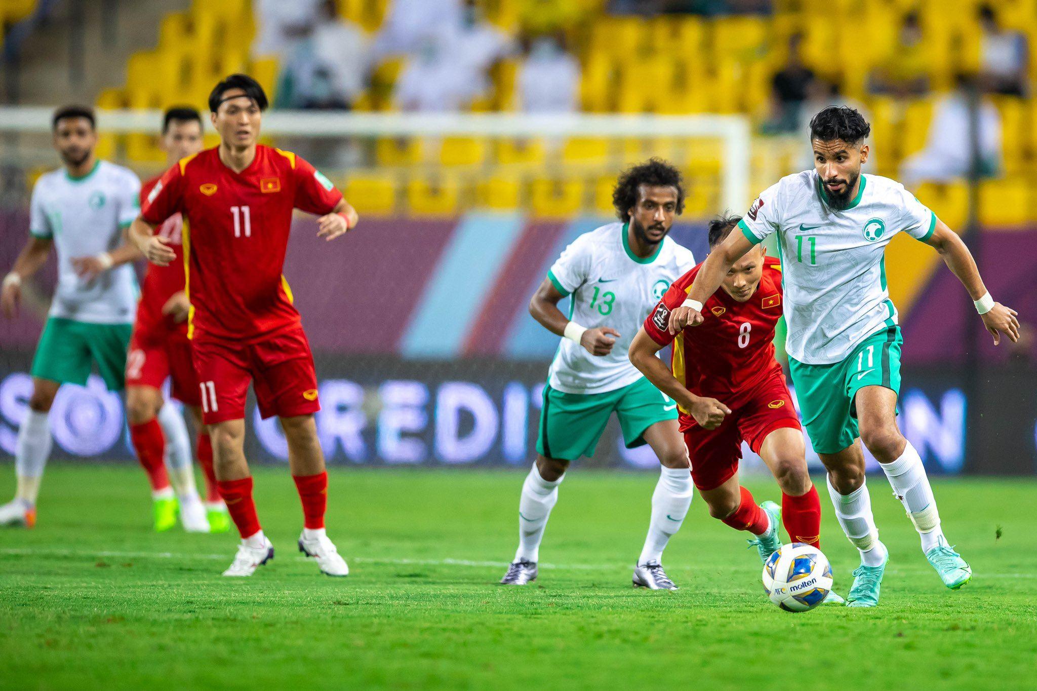 Saudi Arabia chứng tỏ sức mạnh, lối chơi đa dạng.