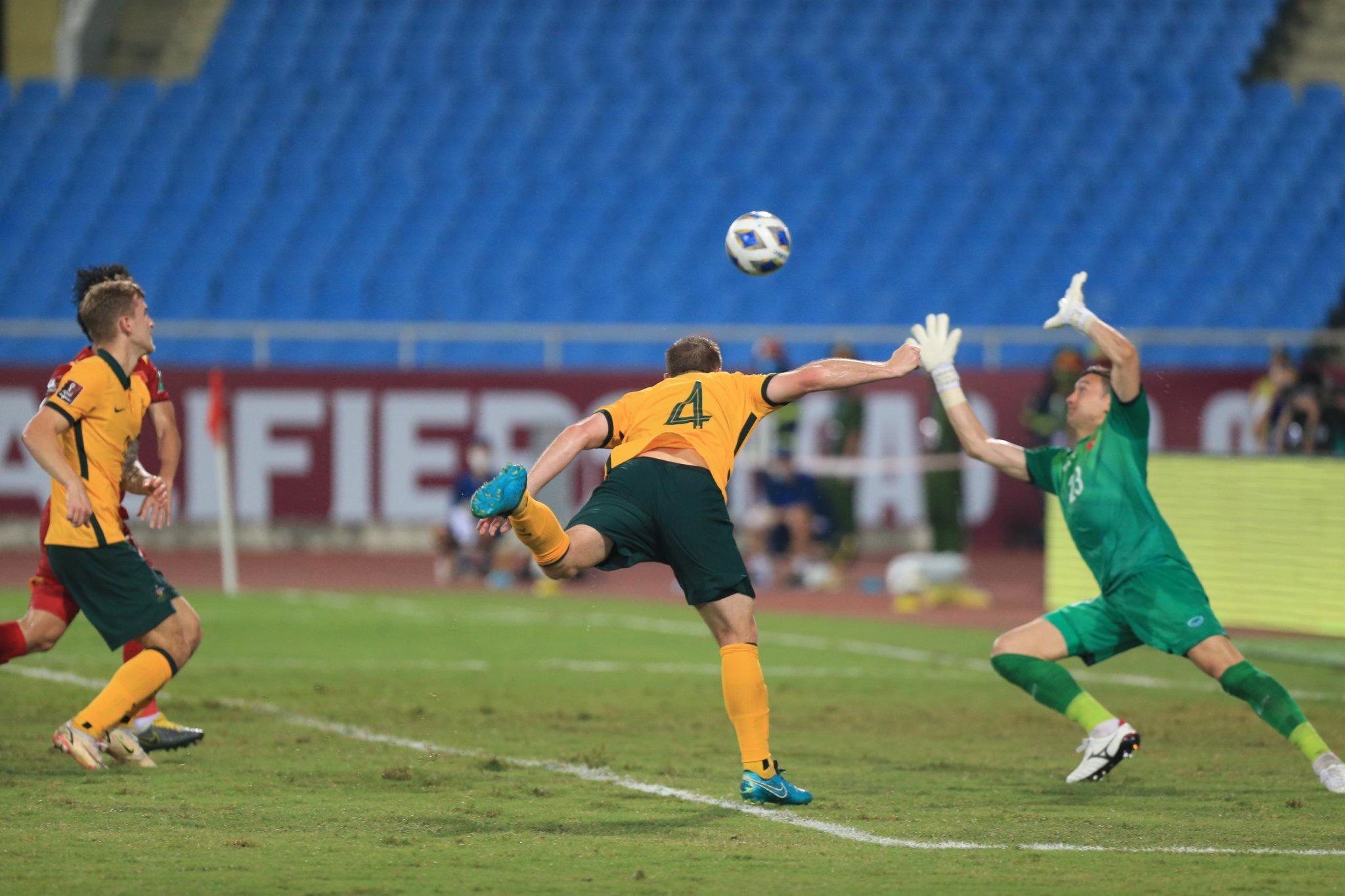Việt Nam thua Australia trên sân nhà - 2