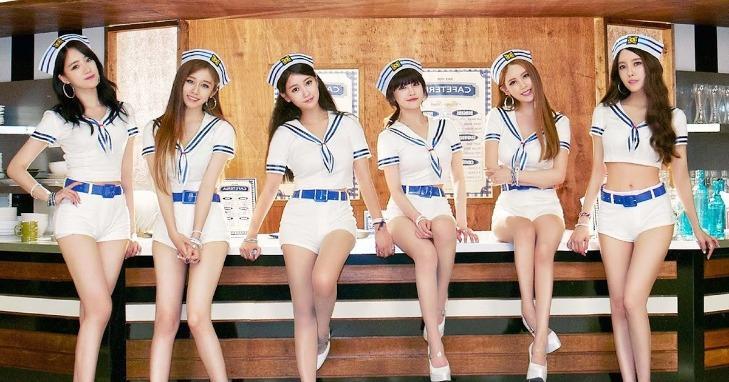 Fan cứng Kpop đoán tên các ca khúc mùa hè - 2