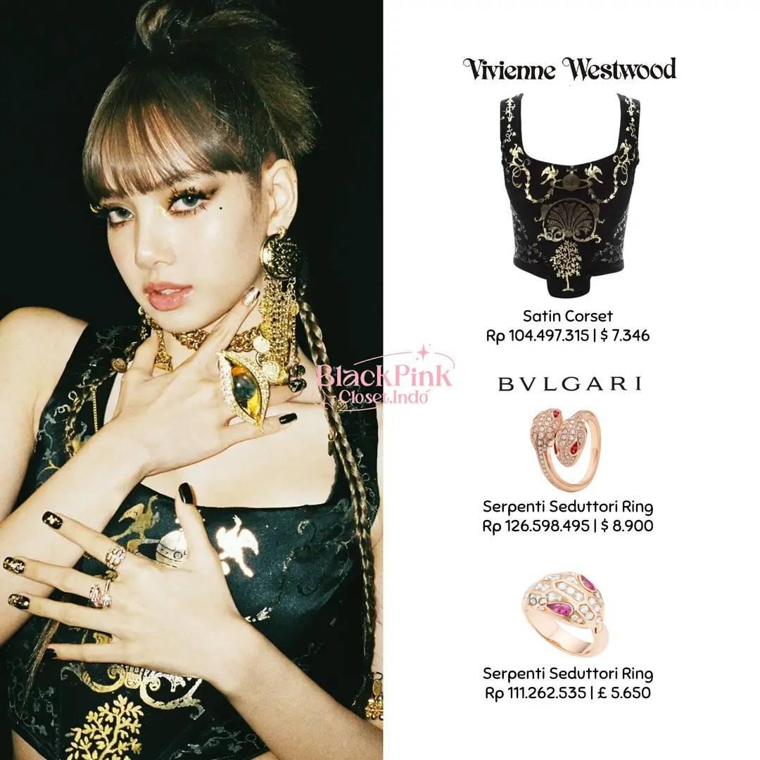 Chiếc corset họa tiết Morocco cổ điển của Vivienne Westwood được Lisa kết hợp cùng loạt trang sức Bvlgari - thương hiệu cô đang làm đại sứ.