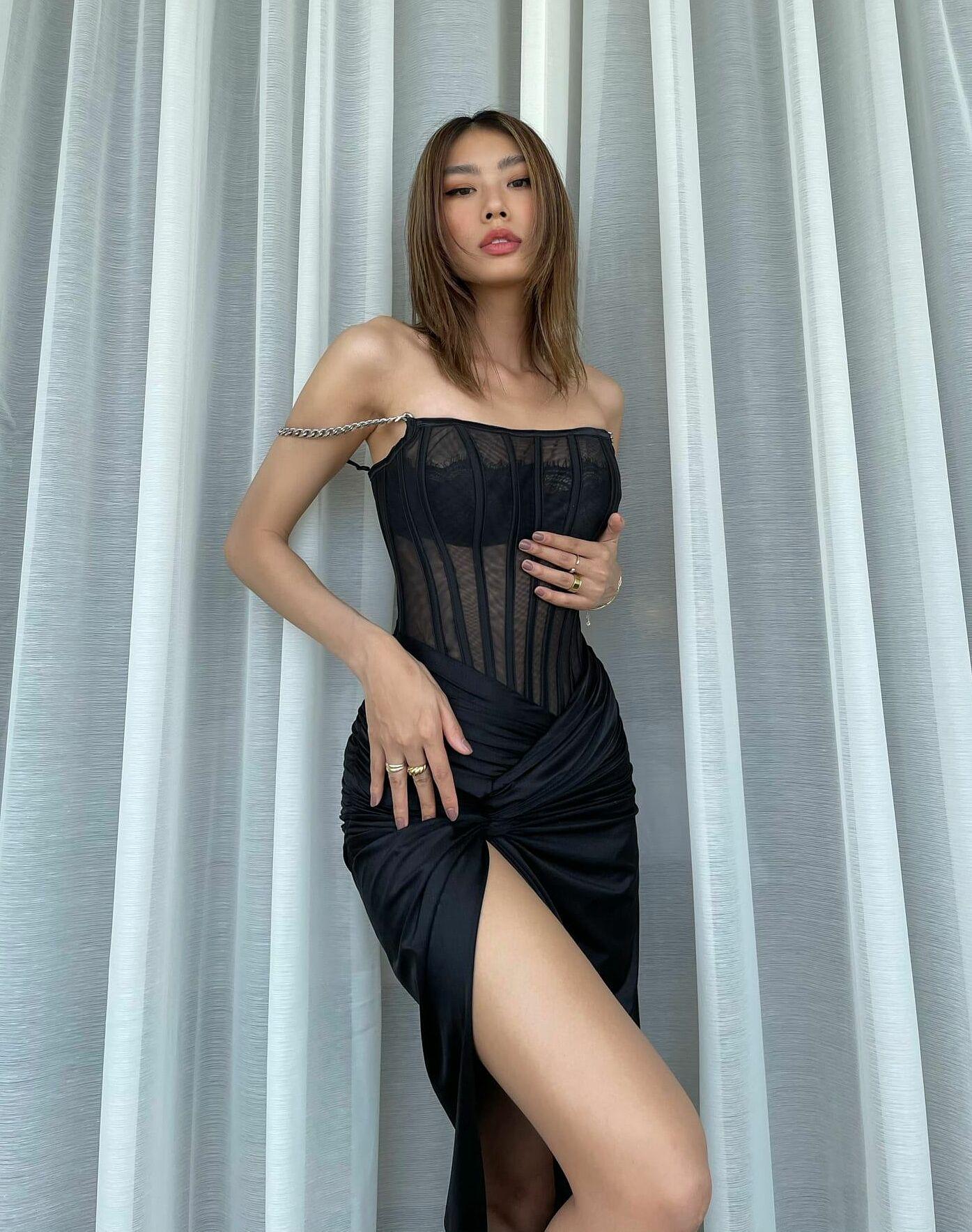 Thảo Nhi Lê bất ngờ có tên trong danh sách Top 100 gương mặt đẹp nhất thế giới do TC Candler bình chọn. Cô đứng thứ 81, là gương mặt nữ duy nhất của Việt Nam vào danh sách này.