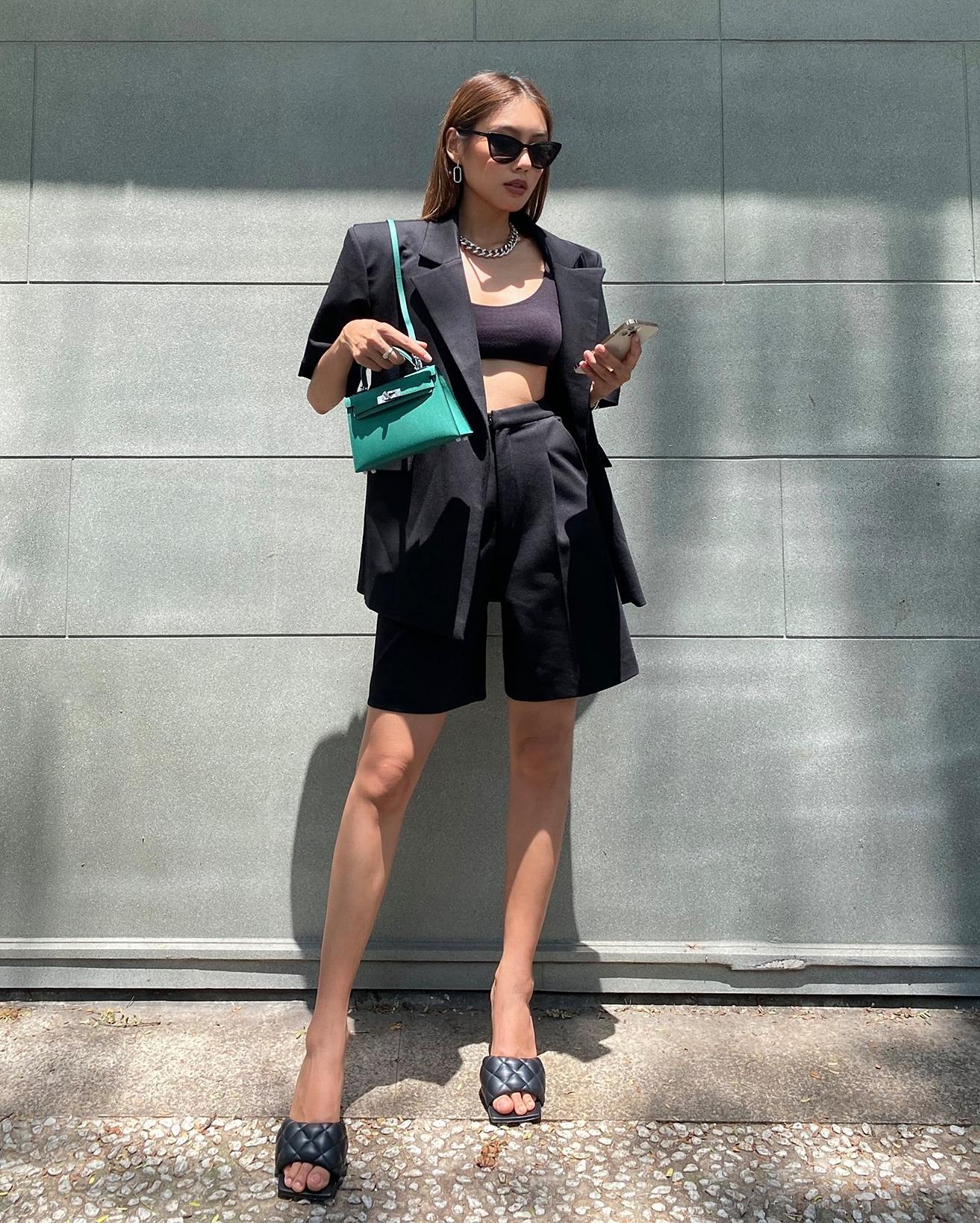 Phong cách hiện đại thường ngày của người đẹp.