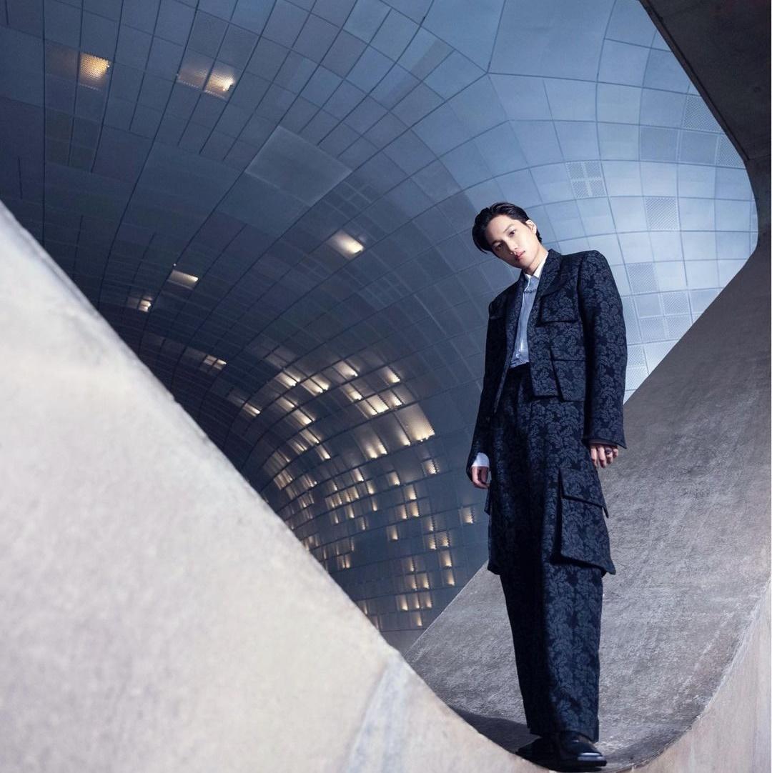 Kai (EXO) khoe khí chất model khi làm đại sứ toàn cầu của Seoul Fashion Week.