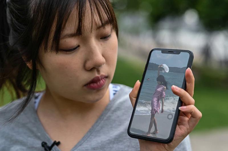 Zhang Qinwen, 25 tuổi, khoe bức ảnh trước khi cô mắc chứng rối loạn ăn uống.